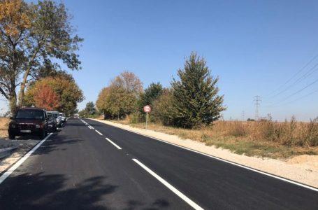 Движението по път I-8 Пазарджик – с. Мало Конаре се извършва в една лента