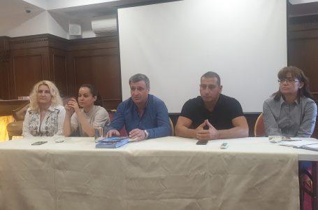 Кандидатът за кмет на община Велинград от ПП ГЕРБ д-р Костадин Коев се срещна със служителите на хотели