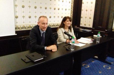 Министърът на образованието и науката се срещна с учители и директори в Пазарджик