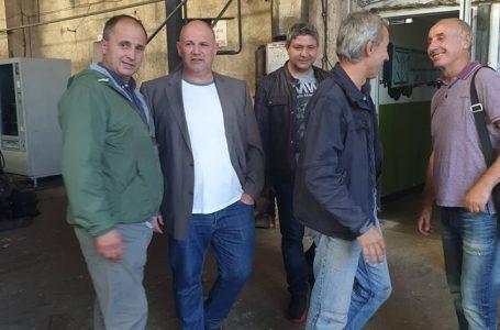 Кандидатът за кмет на община Белово от ГЕРБ – Васил Савов се срещна с работниците от Вагоноремонтния завод
