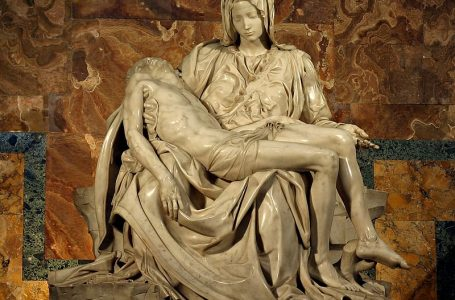 На 18 февруари 1564 година умира Микеланджело