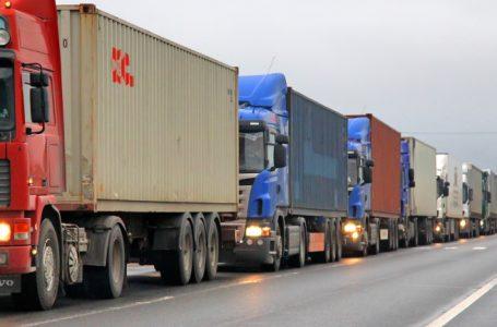 TrafficNews: Зверска катастрофа край Харманли! 70 тира се нанизаха един в друг