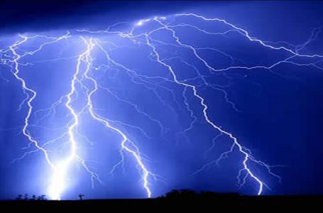Гръмотевични бури следобед, градушки на места