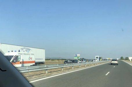 """Верижна катастрофа на АМ """"Тракия"""" запуши движението посока Бургас"""