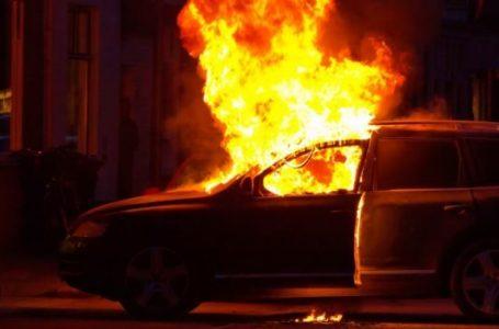 Две коли изгоряха в Пазарджик
