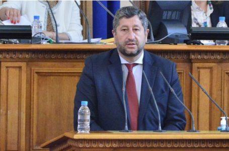 ДБ поиска трима министри в бъдещия кабинет